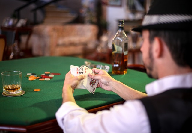 What are the measures for winning the games in the online casinos?