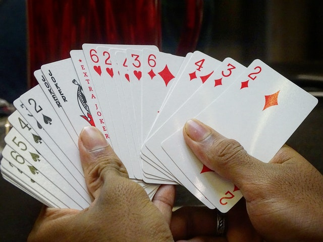 Sites that offer online gambling services such as Bandarqq